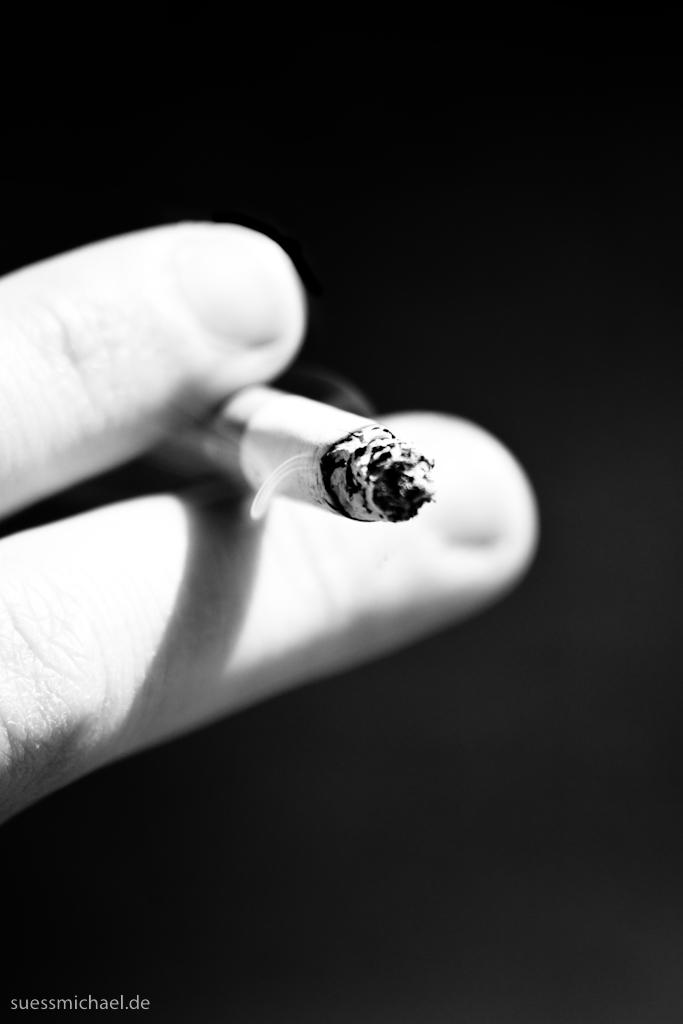 2010-04-21 Cigarette