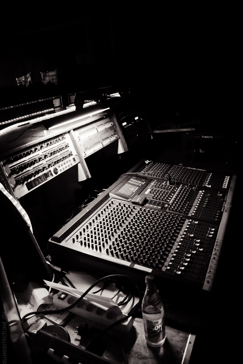 2010-12-11 The Mixer