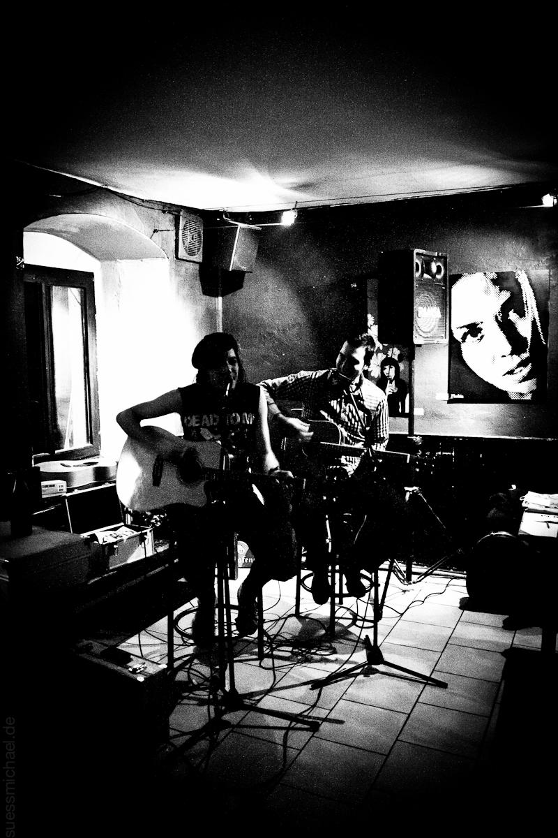 2011-03-21 Johnny Firebird & Friend