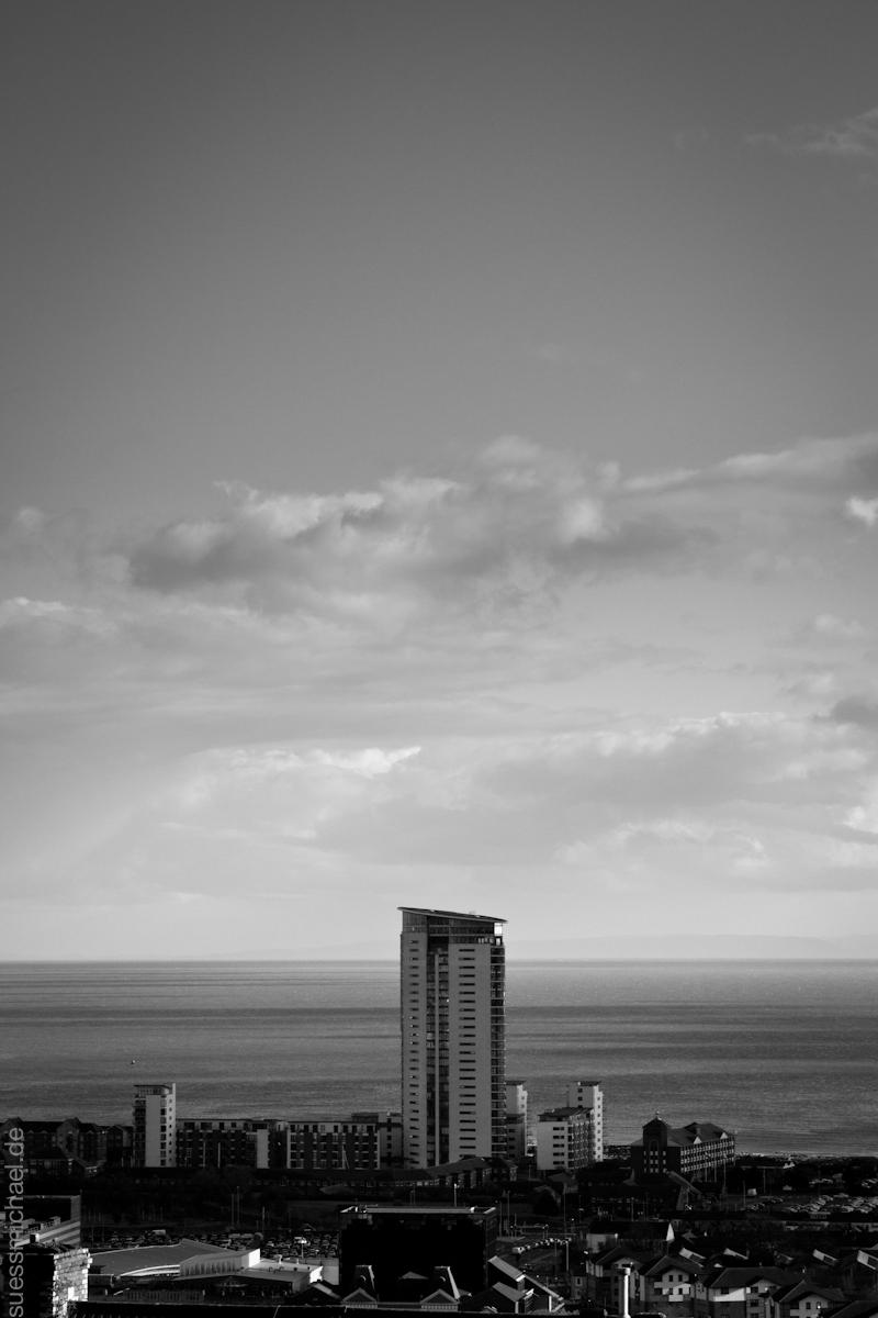 2011-10-19 Meridian Tower