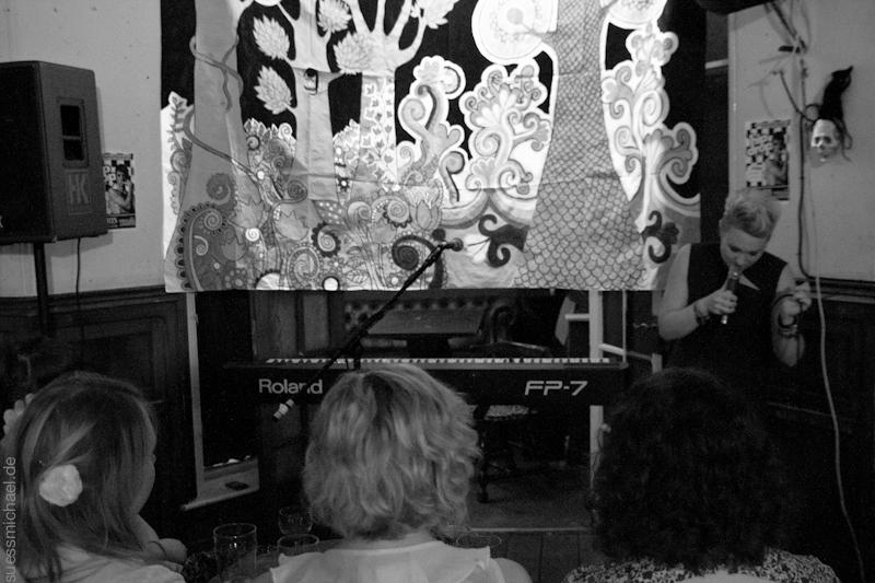 2011-10-27 Kai Lena