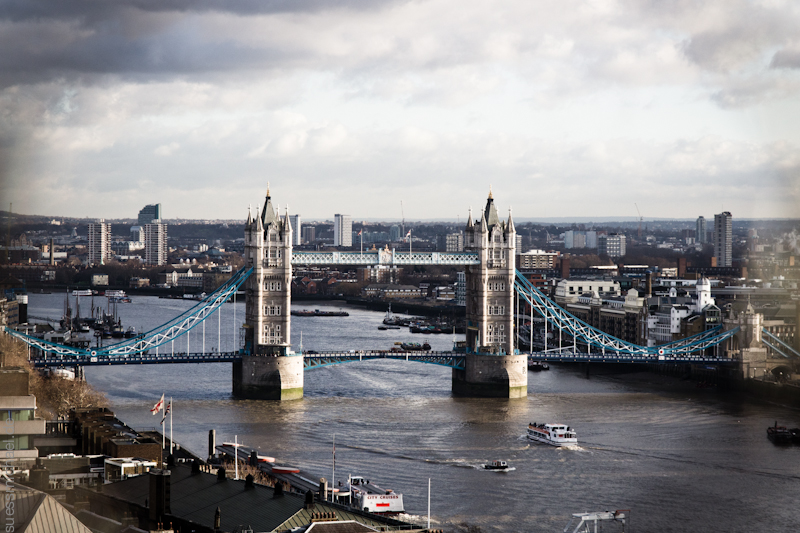 2011-12-17 London Tower Bridge