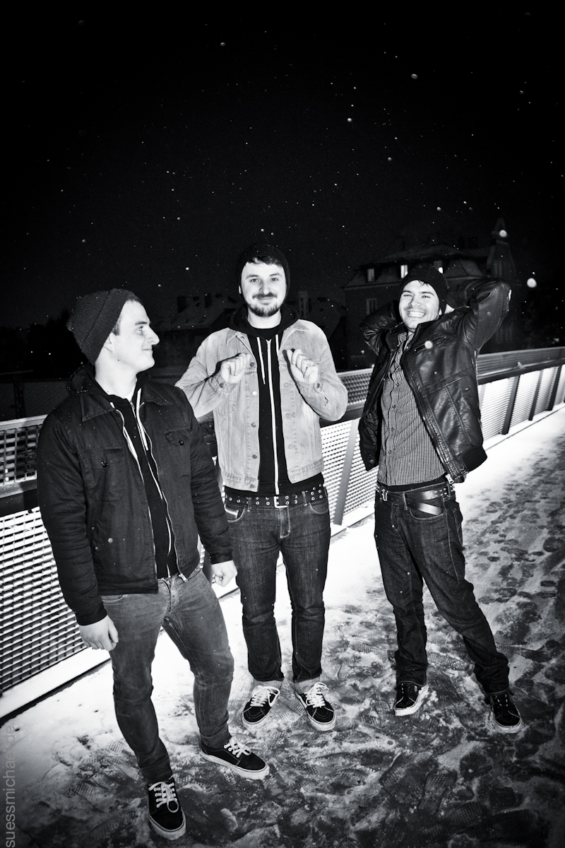 2011-12-20 Irish Handcuffs band photo