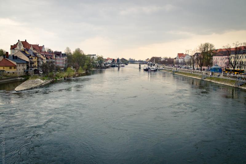 2012-04-03 Regensburg Eiserne Brücke
