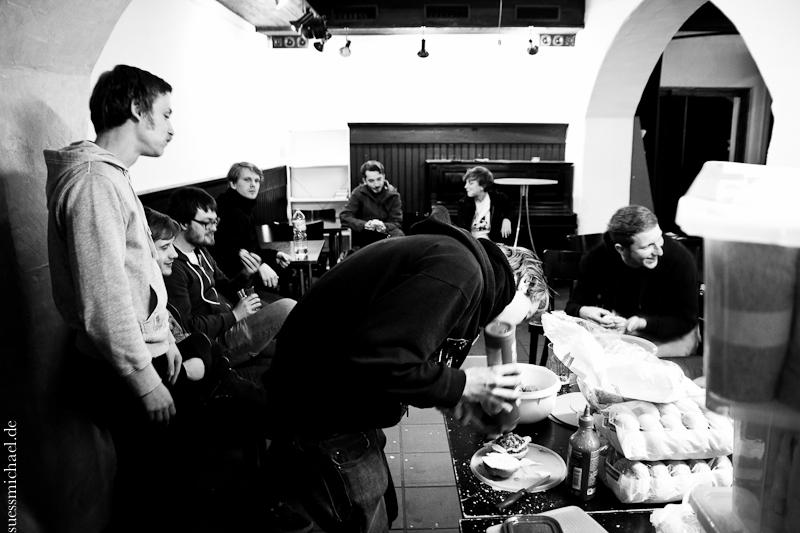 2012-09-21 falafel is good food ©