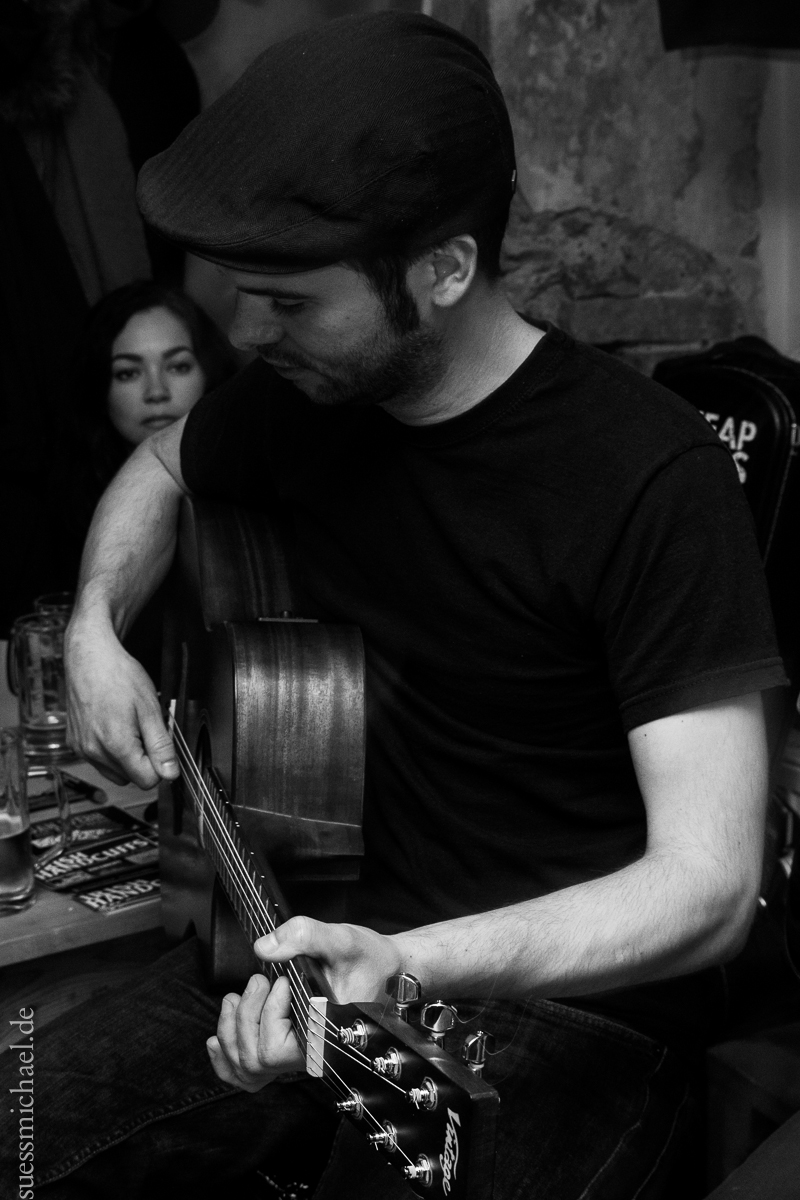 2014-04-16 Irish Handcuffs