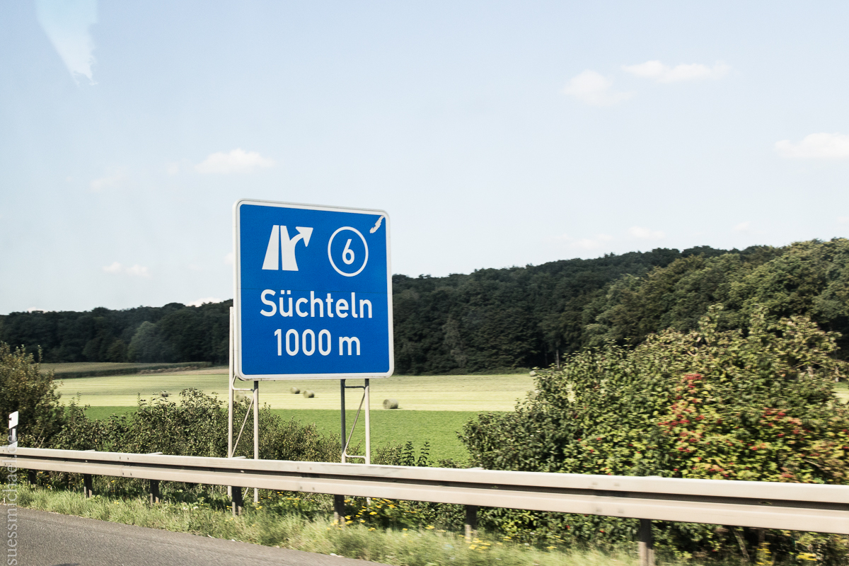2015-09-11 On the road to Zoersel